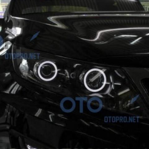 Độ vòng angel eyes LED cho xe Kia K5