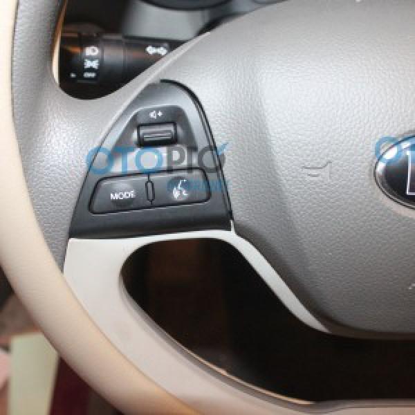Điều khiển tích hợp vô lăng cho xe Morning 2012-2015