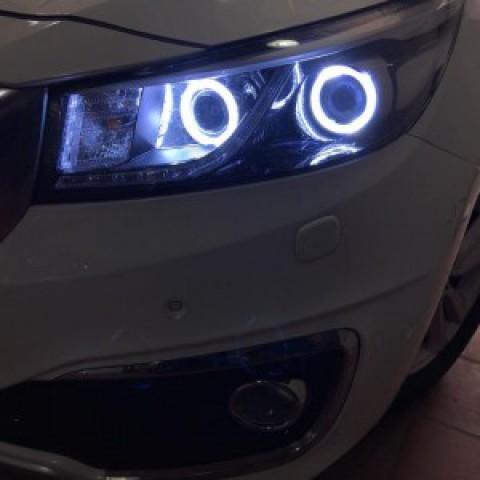 Độ bi xenon, vòng angel eyes LED xe Kia Sedona