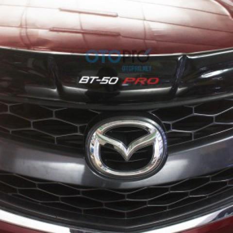 Cánh lướt gió Thái Lan cho Mazda BT 50