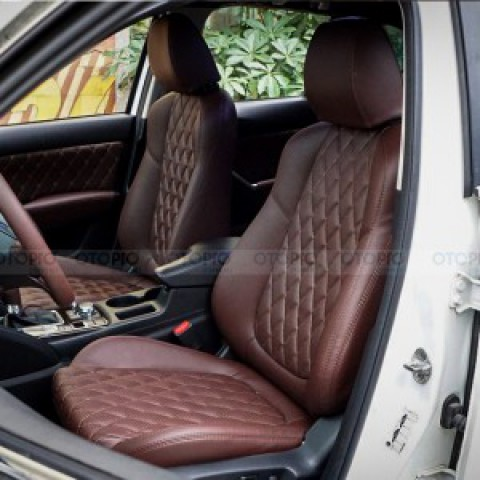 Mazda CX-5 bọc da ghế, trần, cửa và vô-lăng