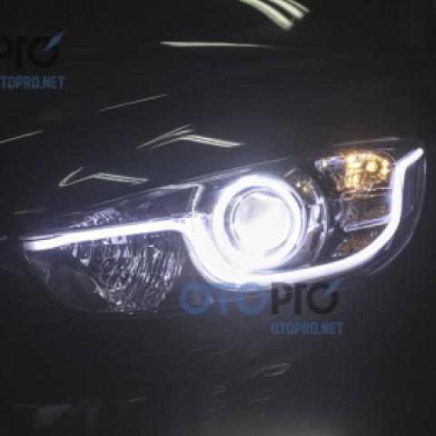 Độ vòng angel eyes kiểu BMW, dải LED mí khối 2 màu xe CX5