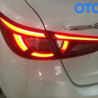 Độ đèn hậu xe Mazda 2