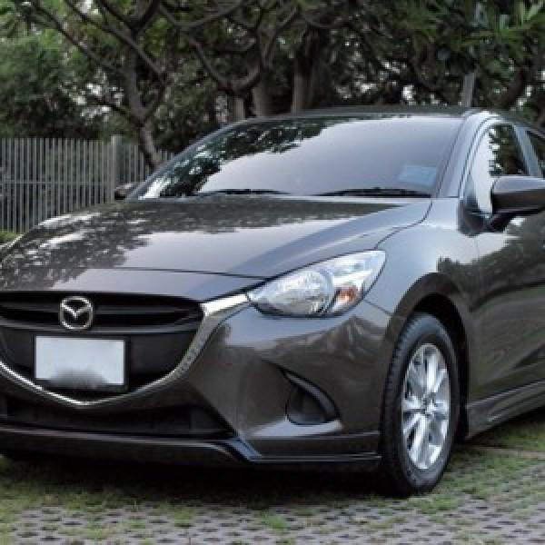 Bodylips cho xe Mazda 2 Sedan 2015 mẫu Ativus