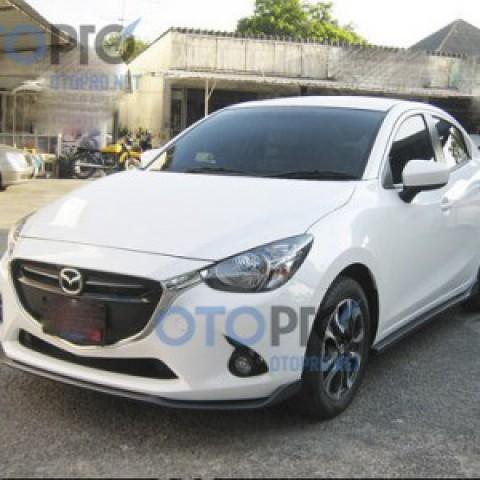 Bodylips cho xe Mazda 2 2015 Sedan mẫu Speed