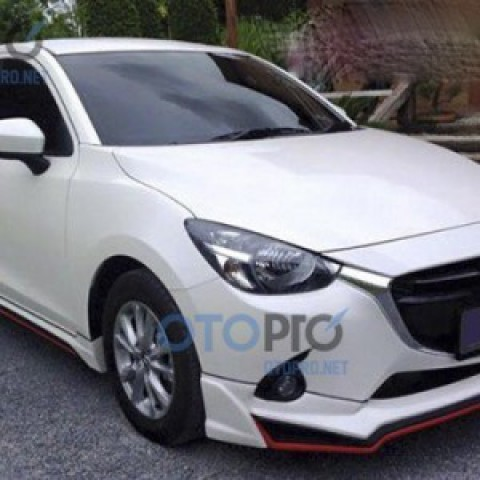 Bodylips cho xe Mazda 2 Sedan 2015 All New mẫu SR