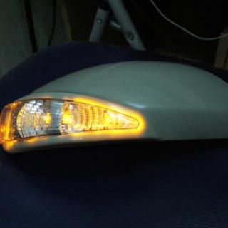 Ốp gương có đèn LED cho Mazda 3 2010