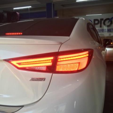 Mazda 3 2017-2018 lắp đèn hậu mẫu Audi