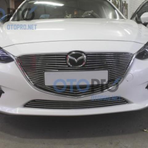 Mặt ca lăng xe Mazda 3 All New 2015 kiểu thanh ngang
