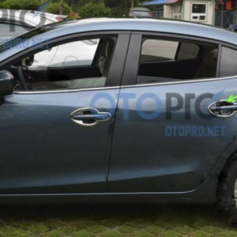 Ốp hõm tay nắm cửa, chén cửa xe Mazda 3 2015 All New