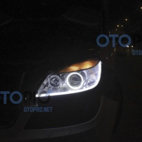 Độ angel eyes BMW, LED mí khối trắng vàng xe Mercedes C250