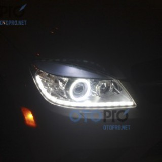 Độ dải LED mí thuỷ tinh chạy, angel eyes LED xe Mercedes C350