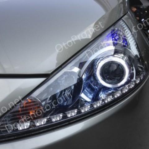 Độ bi xenon, angel eyes, LED mí Transformer, đèn gầm Grandis