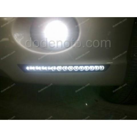 Độ đèn LED Daylight Q-Block cho xe Mitsubishi Grandis