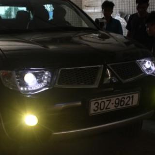 Đèn pha độ led nguyên bộ cho xe Mitsubishi Triton
