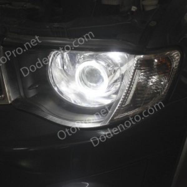 Độ đèn bi xenon, projector, angel eyes kiểu BMW cho Triton