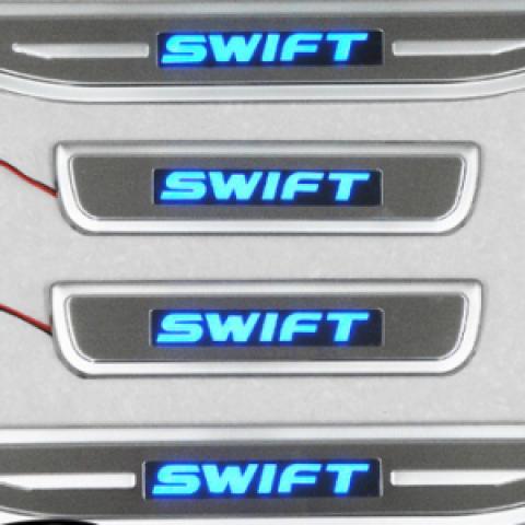 Viện bậc cửa có đèn LED cho Suzuki Swift