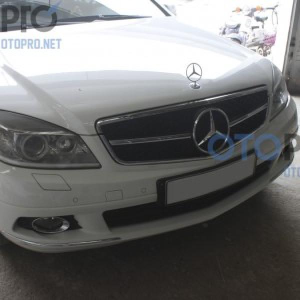 Mặt ca lăng độ 1 nan AMG cho xe Mercedes C200