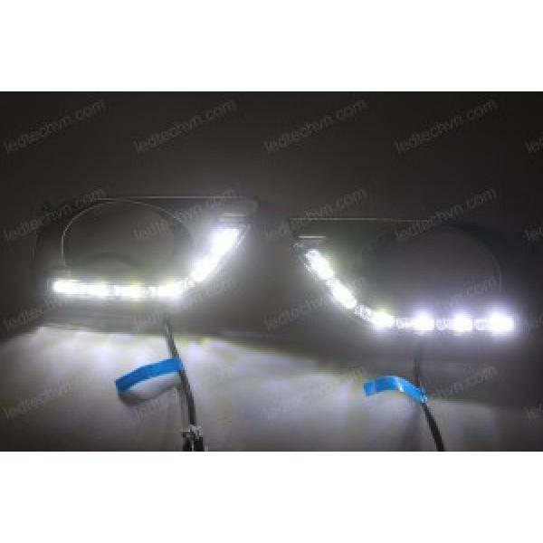 Đèn gầm LED nguyên bộ Nissan Sunny