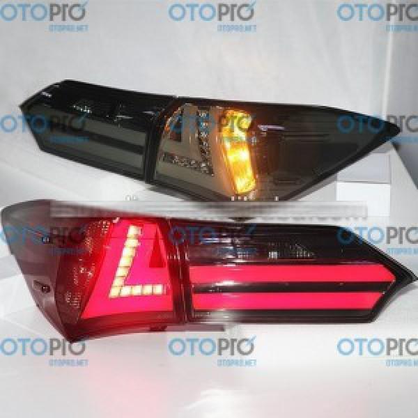 Đèn hậu độ LED nguyên bộ xe Toyota Altis 2014-2015 mẫu YZ màu khói