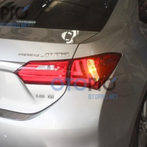 Đèn hậu độ LED nguyên bộ xe Altis 2014 mẫu Lexus