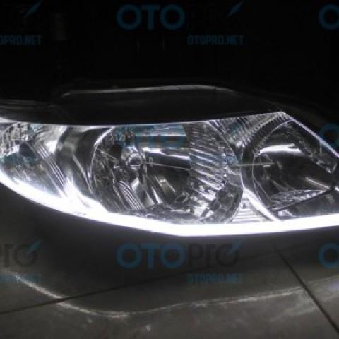 Độ dải LED mí khối trắng vàng cho Toyota Altis