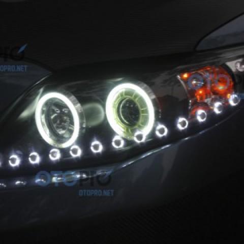 Độ đèn bi xenon, angel eyes, dải LED Audi cho Altis