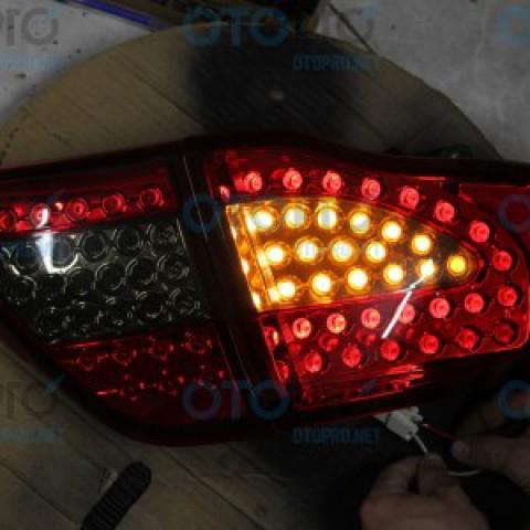 Đèn hậu độ LED nguyên bộ cho xe Corolla Altis đời 2009