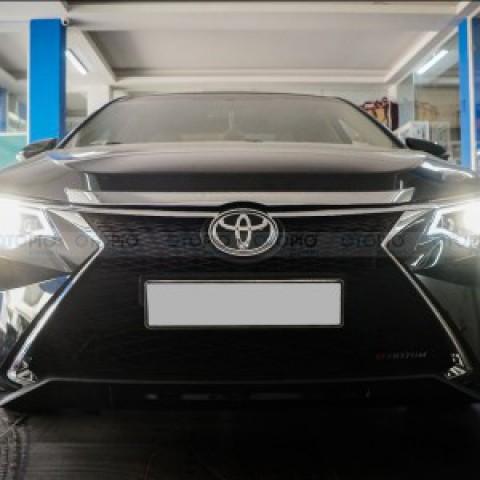 Toyota Camry 2.5G 2013 độ bodykit Lexus chính hãng
