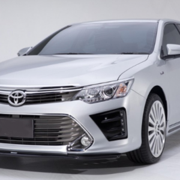 BODY LIP CAMRY 2015 MẪU MODE