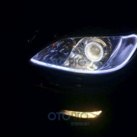 Độ đèn bi xenon, angel eyes LED BMW, mí khối xe Camry 2006