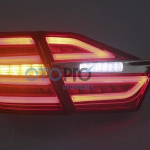 Đèn hậu độ LED nguyên bộ cho xe Camry 2015 mẫu Mercedes E