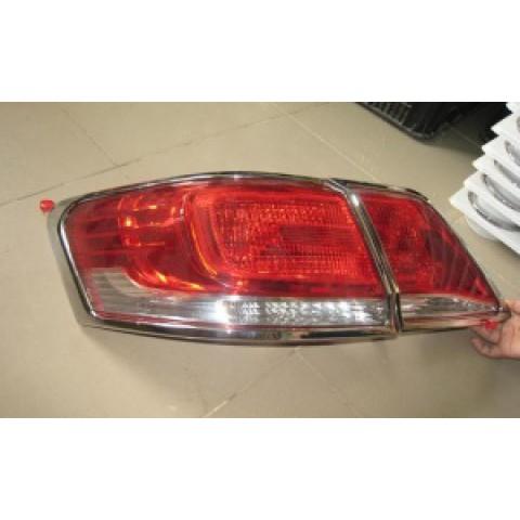 Viền đèn sau xe Toyota Camry 2.4 2010-2011