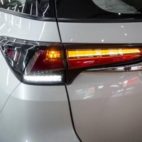 Đèn hậu LED mẫu Lexus cho Toyota Fortuner 2017 – 2018