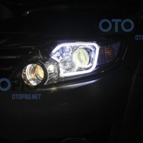 Độ đèn bi xenon, angel eyes, LED mí khối chữ C xe Fortuner