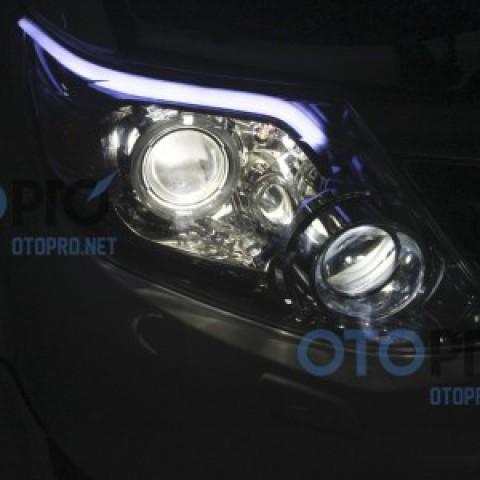 Độ bi xenon, angel eyes, LED mí khối cho xe Fortuner 2014