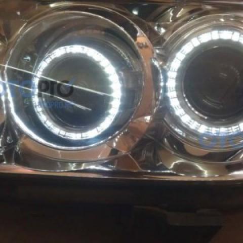 Độ đèn bi xenon, vòng angel eyes LED cho Toyota Fortuner