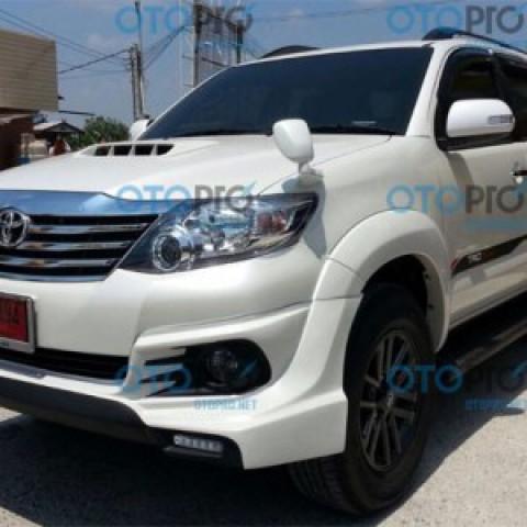 Bodylip cho Toyota Fortuner 2012-2015 mẫu TRD Sportivo V1