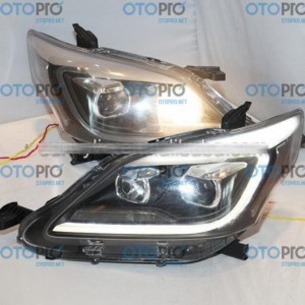 Đèn pha độ LED nguyên bộ xe Toyota Innova 2012-2014 mẫu YZ