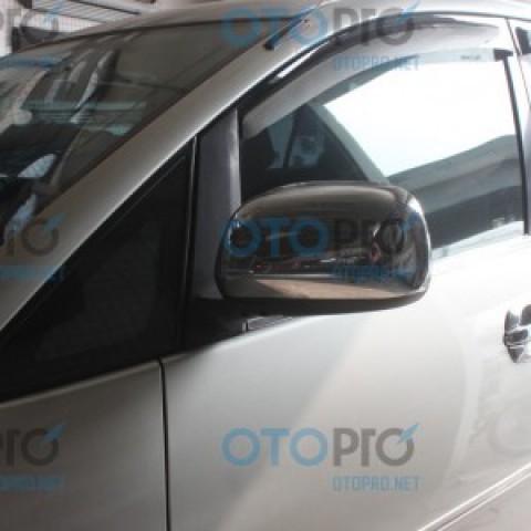 Ốp gáo gương mạ crôm cho xe Toyota Innova 2010