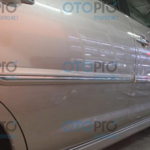 Nẹp thân xe, sườn xe cho Toyota Innova 2014