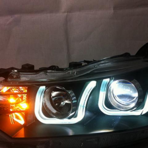 Đèn pha độ LED nguyên bộ cho Vios 2014 mẫu chữ U
