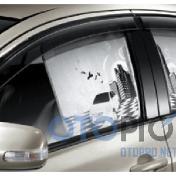Chắn nắng 2 bên sườn xe Toyota Vios 2014