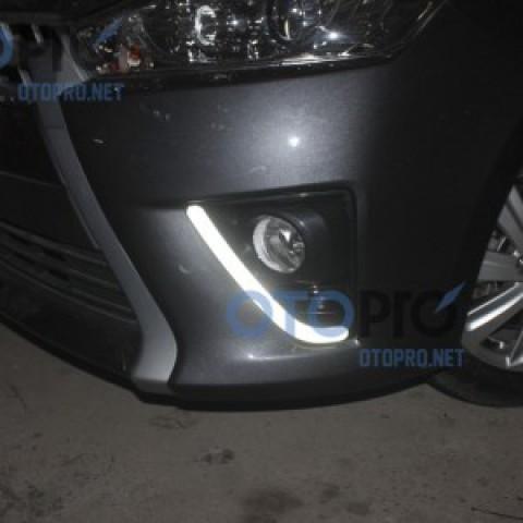 Đèn gầm độ LED daylight cho xe Toyota Yaris 2014
