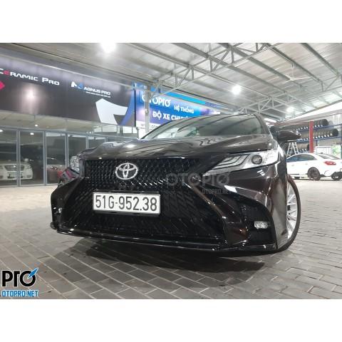 Toyota Camry 2020 độ bodykit Lexus
