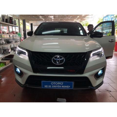 Toyota Fortuner 2020 đô đèn pha LED nguyên bộ